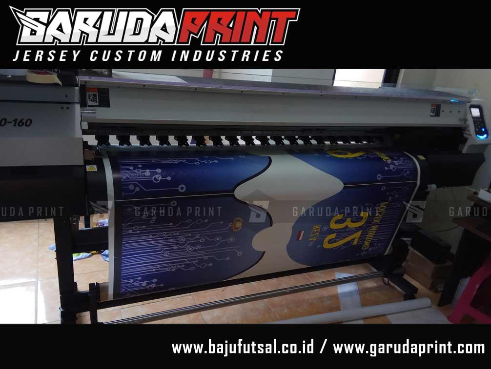 bikin baju futsal printing dengan Desain Kaos Futsal Terbaru